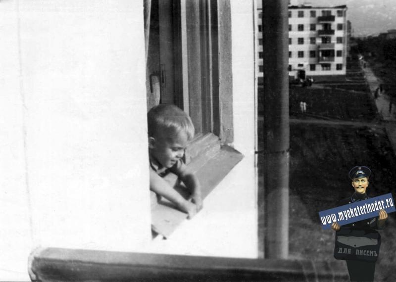 Краснодар, Вид с балкона дома ул. им. Айвазовского, 1965 год