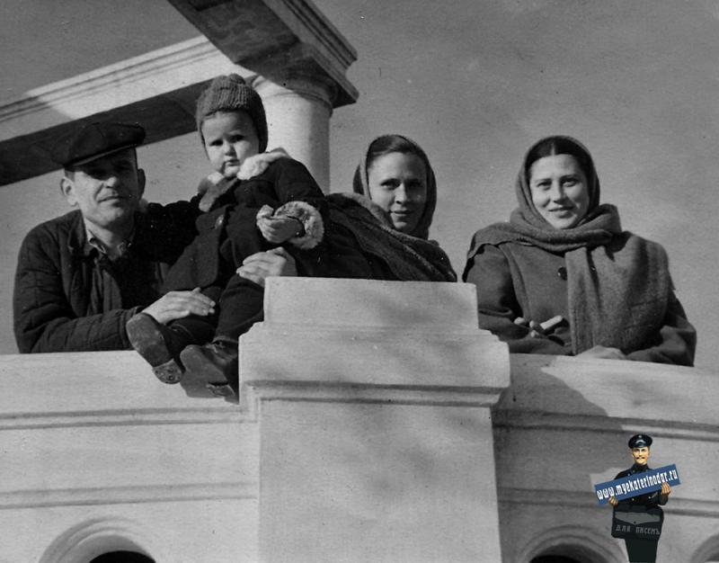 Краснодар. Воскресенье 24 декабря 1950 год. Ротонда в Горпарке.