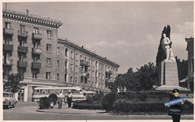 Туапсе. Площадь им В.И.Ленина, 1966 год